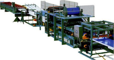 ประเทศจีน Colored Steel Continuous Sandwich Panel Production Line With 5 Tons Capacity ผู้ผลิต